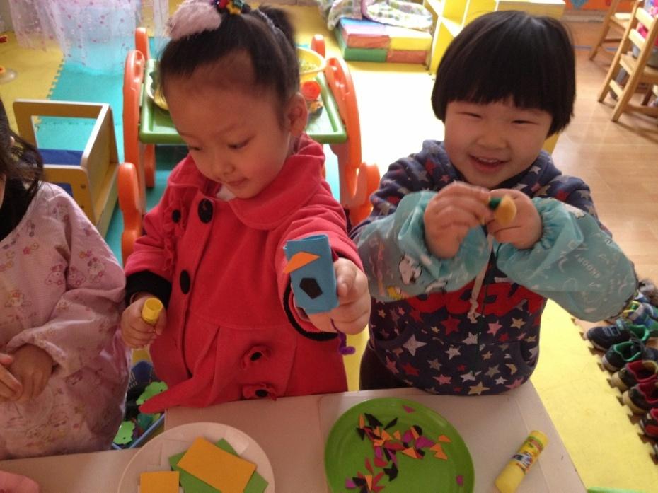 幼儿园小班益智区自制玩具材料
