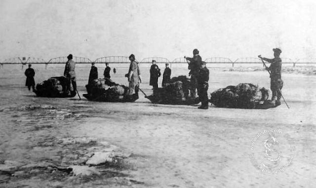 美国飞机轰炸丹东