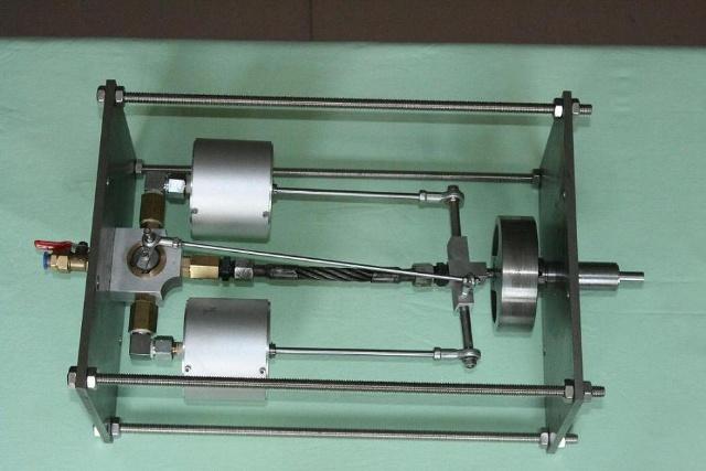 格林蒸汽机模型(双缸)green