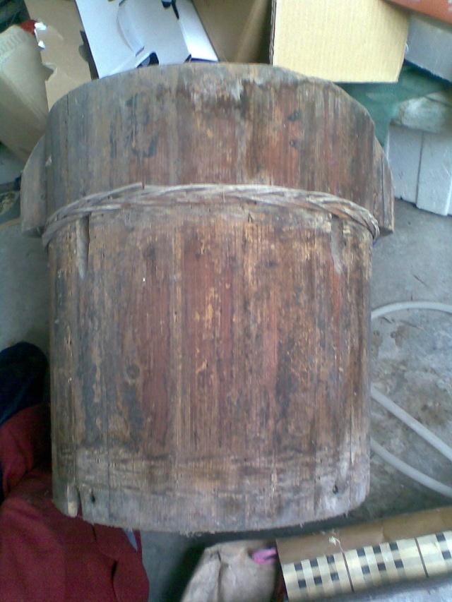 木制菜油桶