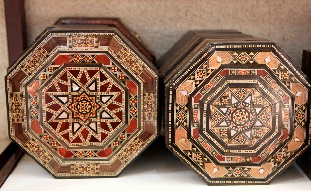 有濃郁阿拉伯風格的寶盒圖片