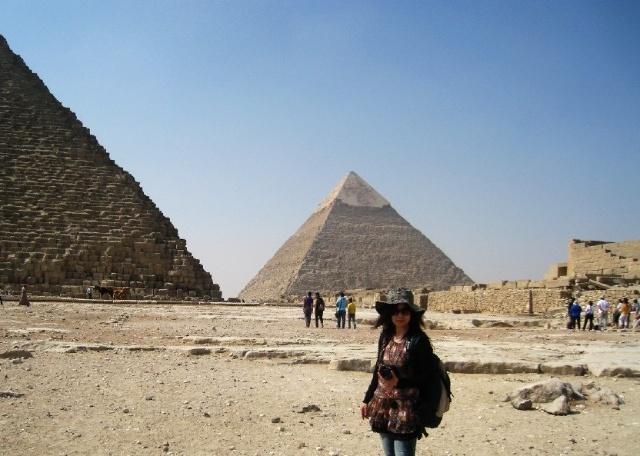吉萨高地上除了三大金字塔之外